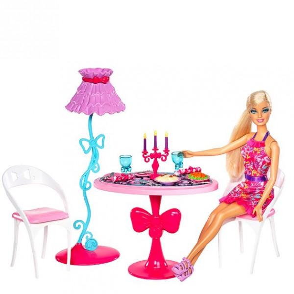 Barbie m bel einrichtung wohnzimmer tisch esstisch mit puppe ebay - Barbie wohnzimmer ...